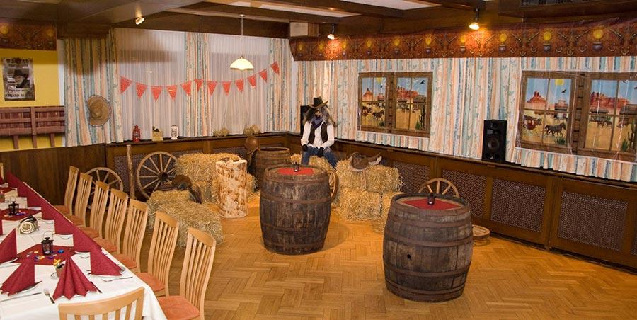 wilder westen in k rnten partyfotos unserer kunden. Black Bedroom Furniture Sets. Home Design Ideas