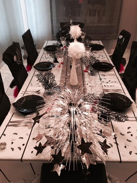 Eine Schone Tischdeko In Schwarz Weiss Partyfotos Unserer Kunden